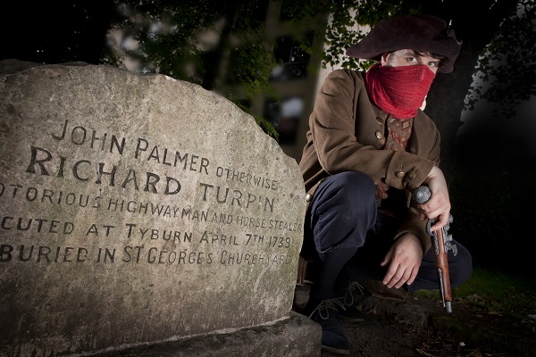Dick Turpin at his York graveside
