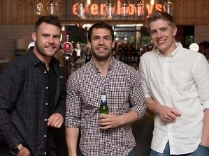 Emmerdale stars celebrate launch of Everybodys bar